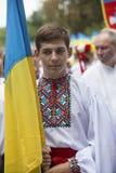 Kiev, Ucrânia - 24 de agosto de 2013 celebração do Dia da Independência, homem novo considerável Foto de Stock Royalty Free