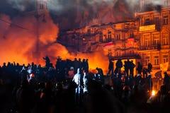 KIEV, UCRÂNIA - 24 de janeiro de 2014: Protestos antigovernamentais maciços Foto de Stock
