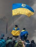 KIEV, UCRÂNIA - 25 de janeiro de 2014: Protestos antigovernamentais maciços Imagens de Stock Royalty Free
