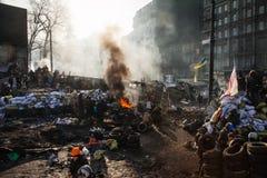 KIEV, UCRÂNIA - 26 de janeiro de 2014: Protestos antigovernamentais maciços fotografia de stock