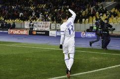 KIEV, UCRÂNIA - 6 DE DEZEMBRO: Junior Moraes comemora o objetivo marcado foto de stock royalty free