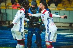 KIEV, UCRÂNIA - 12 de dezembro de 2018: Nabil Fekir comemora o objetivo marcado durante a harmonia do UEFA Champions League entre fotos de stock