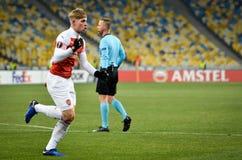 KIEV, UCR?NIA - 29 de novembro de 2018: Emile Smith Rowe comemora o objetivo marcado durante a harmonia do UEFA Europa League ent fotos de stock