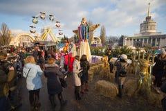 Kiev, Ucraina - 17 febbraio 2018: Cittadini e turisti alla celebrazione di Maslenitsa fotografia stock