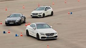 Kiev, Ucraina - 4 ottobre 2016: Esperienza della stella di Mercedes Benz La serie interessante di prove su strada Immagine Stock Libera da Diritti