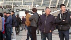 Kiev, Ucrania 19 de abril de 2019 Discusi?n presidencial 2019 del UA Estadio de Kiev Olympiyskiy almacen de metraje de vídeo