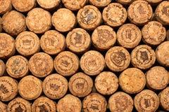KIEV, UCRANIA - 22 DE ABRIL: Fondo editorial chispeante del vino del champán con los logotipos el 22 de abril de 2017 en Kiev, Uk Fotografía de archivo libre de regalías