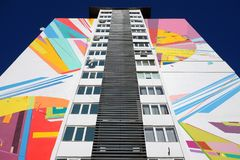 KIEV, UCRANIA - 10 DE ENERO DE 2018: Pintada urbana en la calle Casa de la pintada Foto de archivo libre de regalías