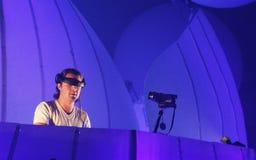 KIEV, UCRANIA - 5 DE MAYO: Axwell en la demostración de Innerspace de la sensación (ID&T) en el NEC el 5 de mayo de 2012 en Kiev,  Imagen de archivo libre de regalías
