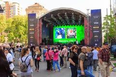 Kiev, Ucrania - pueden 6, 2017 Preparaciones para la Eurovisión 2017 en Khreshchatyk Libertad, música kiev ucrania Imagen de archivo libre de regalías