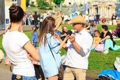 Kiev, Ucrania - pueden 6, 2017 Preparaciones para la Eurovisión 2017 en Khreshchatyk Libertad, música kiev ucrania Fotografía de archivo
