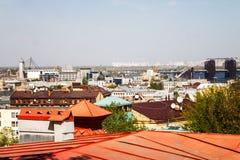 Kiev, Ucrania Una vista del tejado de Vozdvizhenka en Podol Ciudad foto de archivo