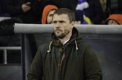 KIEV UKRAINA - DEC 06: Lagledare Sergei Rebrov under UEFA-chamen Fotografering för Bildbyråer