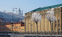 KIEV - UKRAINA - JANUARI 2017: Sikt av det Podil området på den djupfrysta dagen: royaltyfri fotografi