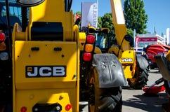 Kiev Ukraina Juni 6, 2018: Tungt maskineri för JCB på utställningen AGRO 2018 arkivbilder