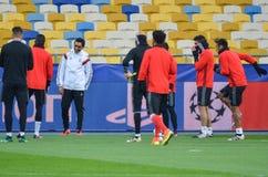 Kiev UKRAINA - OKTOBER 19, 2016: Fotbollcoachning för SL Benfica för Royaltyfria Bilder