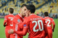 Kiev UKRAINA - OKTOBER 19, 2016: Spelare för SL Benfica firar mål Arkivfoton