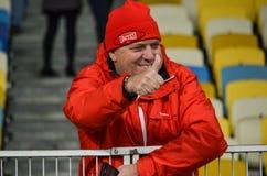 Kiev UKRAINA - OKTOBER 19, 2016: Supportrar och fans för SL Benfica på Royaltyfri Fotografi