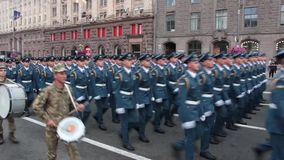 KIEV, UKRAINE - AUGUST 24, 2017: Military parade in Kyiv, to the Independence Day of Ukraine Rows of marching national. KIEV, UKRAINE - AUGUST 24, 2017: Military stock video