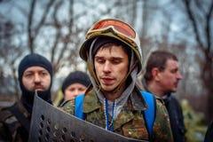 kiev ukraine 23 februari, 2014 Mensen die op barricad protesteren stock foto