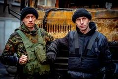 kiev ukraine 23 februari, 2014 Mensen die op barricad protesteren royalty-vrije stock foto