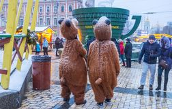 Two bears in the city Royalty Free Stock Images