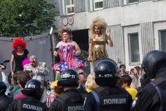 Kiev, Ukraine - 18 juin 2017 : Colonne des marcheurs du défilé d'égalité Images libres de droits
