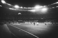 Kiev, UKRAINE - 14 mars 2019 : Vue générale du stade avec des projecteurs pendant la correspondance d'UEFA Europa League entre la photographie stock