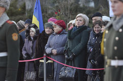 KIEV, UKRAINE - 28 novembre 2015 : Le président de l'Ukraine Petro Poroshenko et son épouse a commémoré les victimes du famine-gé photographie stock libre de droits