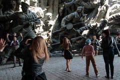 KIEV, UKRAINE - pouvez 09, 2015 : Les bandes militaires marchent le jour du soixante-dixième anniversaire de la victoire sur le n Photographie stock