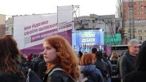 Kiew, Ukraine am 19. April 2019 MA-Pr?sidentendebatte 2019 Stadion Kiews Olympiyskiy stock footage