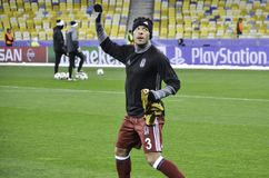 KIEW, UKRAINE - 6. DEZEMBER: Adriano Correia Claro dankt Fans während Lizenzfreie Stockfotografie