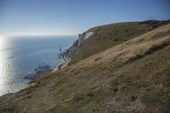 Kiezelachtige Hoofdklippen, East Sussex - overzees, hemel en weiden stock afbeeldingen