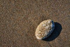 Kiezelsteen op het strand op het Griekse eiland Stock Foto's