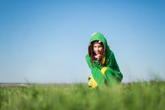 Kigurumi del dragón de la muchacha fotografía de archivo libre de regalías