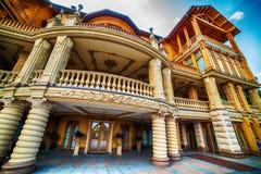 Kijów, Kiyv, Ukraina: mezhyhirva siedziba poprzedniego rosjanina Pierwszorzędny minister Viktor Yanukovych muzeum i prezydent, te Fotografia Stock