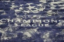 KIJÓW, UKRAINA - DEC 06: Śnieżny loga i emblemata UEFA mistrzów Lea Fotografia Royalty Free