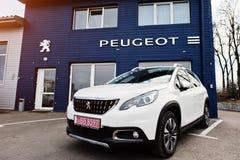 Kijów Ukraina, Marzec, - 22, 2017: Nowy Peugeot samochód przy przedstawicielstwem handlowym Zdjęcie Stock
