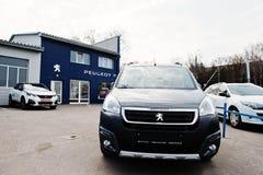 Kijów Ukraina, Marzec, - 22, 2017: Nowy Peugeot samochód przy przedstawicielstwem handlowym Obraz Royalty Free