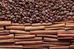 kije cynamonowi ziaren kawy Fotografia Stock