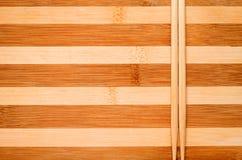 Kije na drewnianym tle. Fotografia Stock