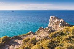 Kijk over overzees en kust in Santa Teresa Gallura-stad in Sardinige Italië Royalty-vrije Stock Afbeeldingen