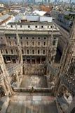 Kijk stad in Duomo-Di Milaan, Italië Stock Foto's