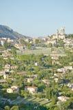 Kijkend naar La Turbie, met overblijfselen van Trophee des die Alpes van 10de eeuw, Frankrijk dateren Stock Afbeeldingen