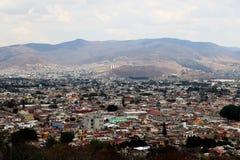 Kijkend over Oaxaca-stad, Mexico royalty-vrije stock fotografie