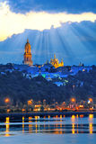 Kijowski Pechersk Lavra, noc widok od Dnipro rzeki Zdjęcia Royalty Free