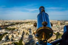 Kikare över Paris Royaltyfri Bild