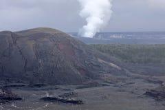 Kilauea火山火山口,夏威夷 免版税库存照片