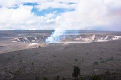 Kilauea破火山口在大岛,夏威夷 免版税图库摄影