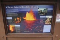 Kilauea Iki火山口旅游标志,大岛,夏威夷 库存照片